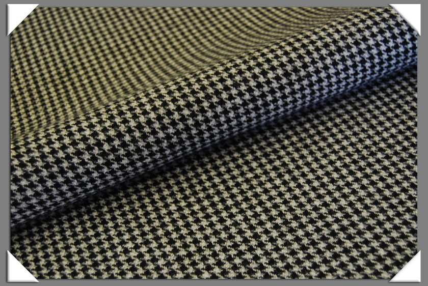 Black & Grey Houndstooth Tweed Fabric